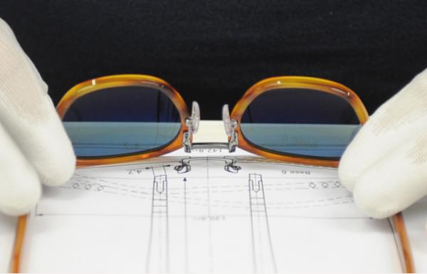 意大利眼镜巨头 Luxottica 全资收购意大利眼镜零售商 Salmoiraghi&Viganò