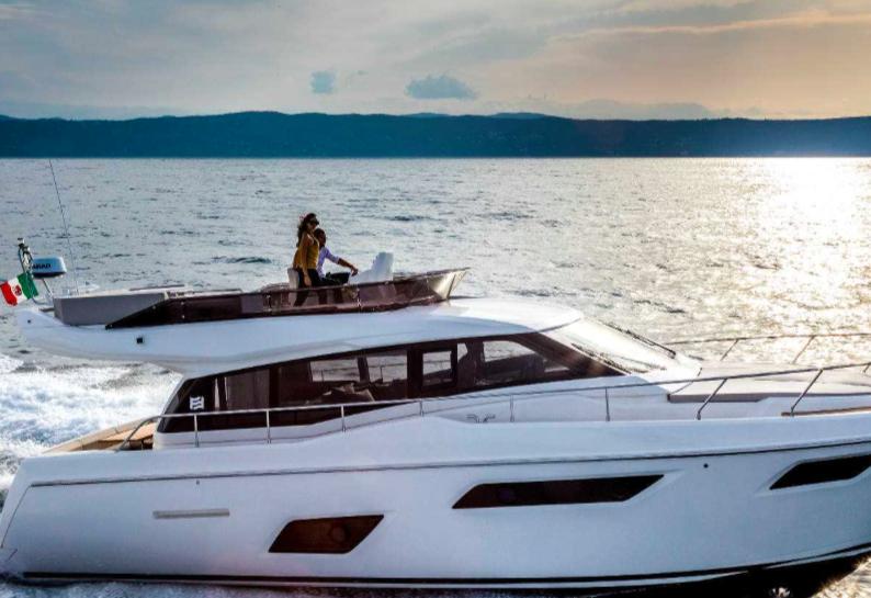 法拉帝集团领衔众游艇制造商亮相 2016年戛纳游艇展