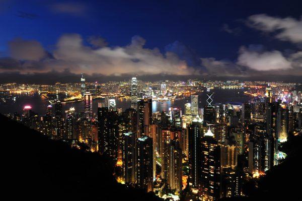 圣诞假期赴港大陆游客增长18%,但对香港零售业的促进效果并不明显