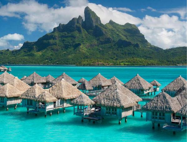 """收购喜达屋后,万豪集团将旗下 30个酒店品牌划分为""""经典""""和""""主题""""两大类"""