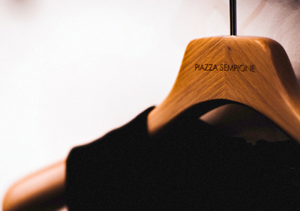 意大利时尚集团 Sinv改组,直接控制意大利高端女装品牌 Piazza Sempione
