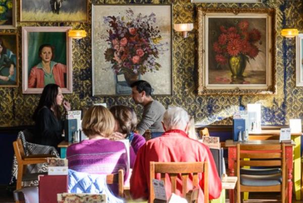 私募基金 Lion Capital 1.37亿英镑收购英国连锁咖啡馆 Loungers