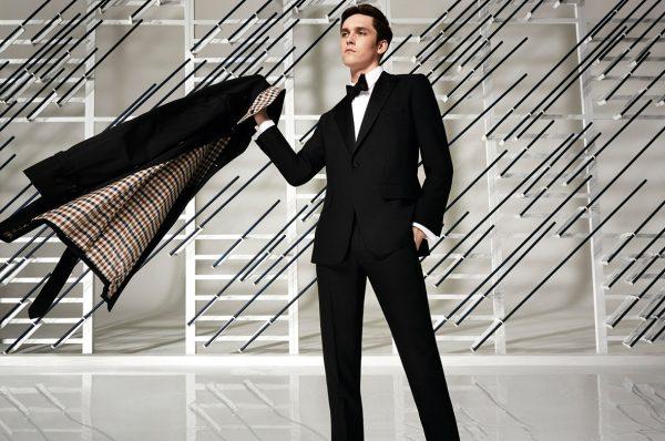 传:如意集团洽购英国经典风衣品牌 Aquascutum,标价1.2亿美元