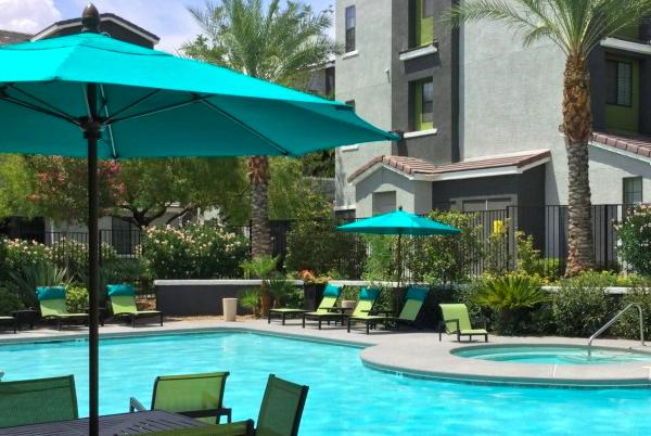 私募基金 Bascom收购拉斯维加斯豪华公寓社区 Spectrum