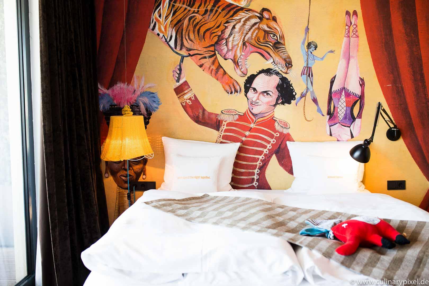 """【华丽志解码精品酒店】这四位德国大叔永远""""不正经""""地开着一家又一家出人意料的酒店"""