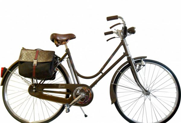 Tom Ford设计的Gucci 2005限量版真皮自行车挂牌出售