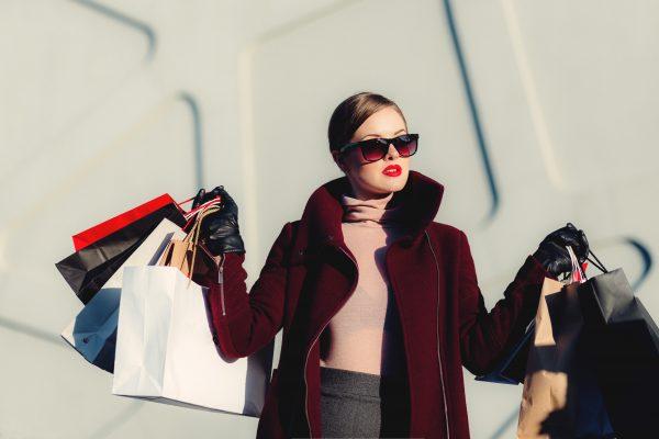 高盛研究指出:和老一辈相比,千禧一代购物更加精打细算