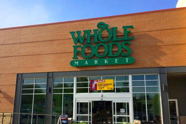 Whole Foods上季度同店销售额下降2.4%,四月将关闭9家门店