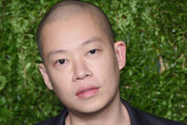 """14岁起就是""""工作狂""""!Jason Wu 迎来品牌十周年拐点,业务扩张有条不紊"""