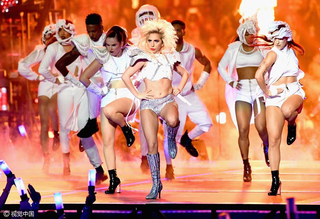 借助超级碗,Lady Gaga强势回归,请她代言的 Tiffany 也能做到吗?