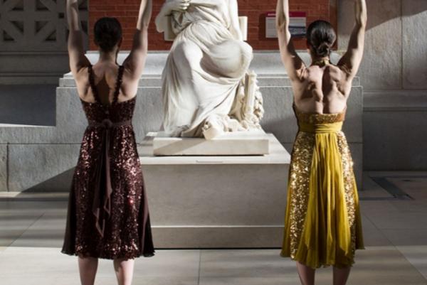 纽约大都会博物馆推出晨练活动,让你在价值连城的艺术品间跑跳伸展