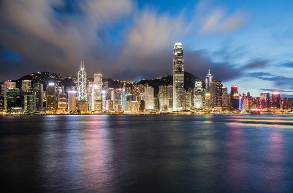 零售业长期低迷,香港四大主要商业区商铺租金同比下跌22%
