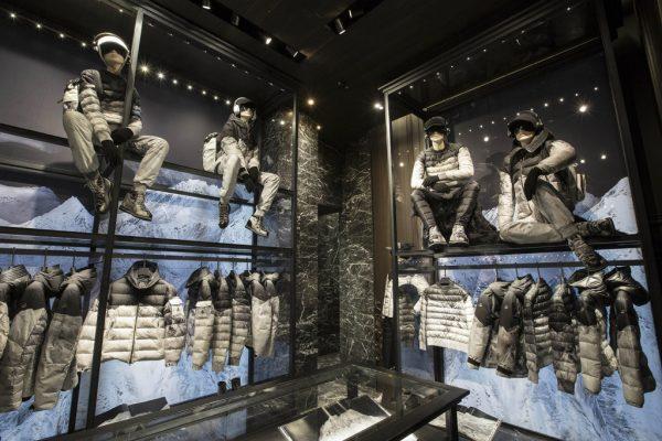 知名选角导演揭露巴黎时装周模特遭不公待遇,Balenciaga致歉并解约涉事公司