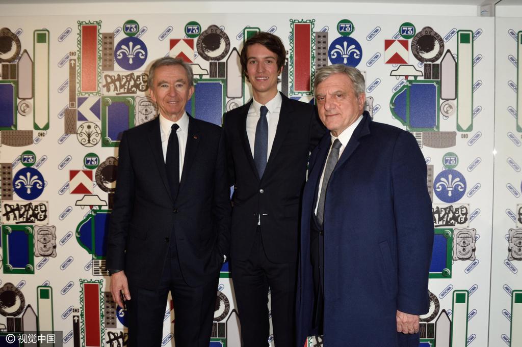 Arnualt 家族成员齐聚 RIMOWA 巴黎旗舰店开业典礼,24岁的小公子正式跻身集团高层
