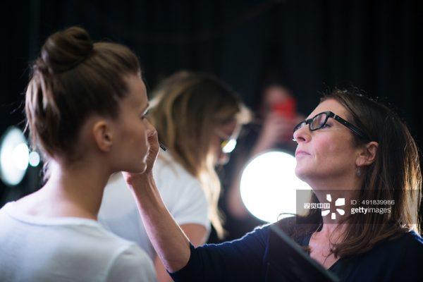 美国彩妆大师 Bobbi Brown 谈成长经历