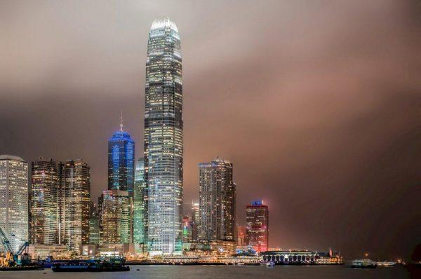 香港2月零售额同比下跌5.7%,连续第24个月出现下跌,但已现企稳迹象