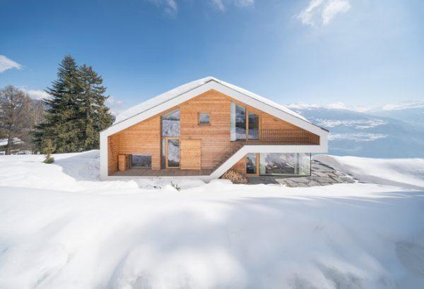 阿尔卑斯山脉的高档滑雪小屋瞄准千禧一代置业需求,亚洲和东欧客户数量快速增长