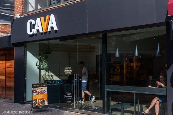 获得上亿美元投资,探秘新锐餐厅连锁 Cava Grill 的发展之路