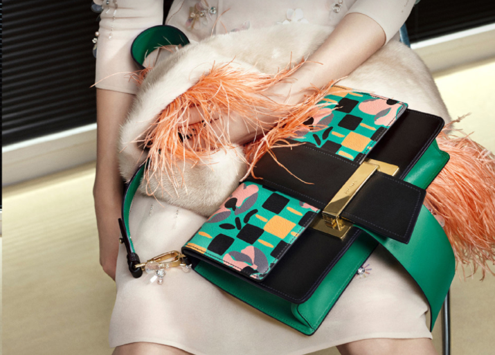 Prada 集团2016财年的糟糕表现是奢侈品行业整体的缩影