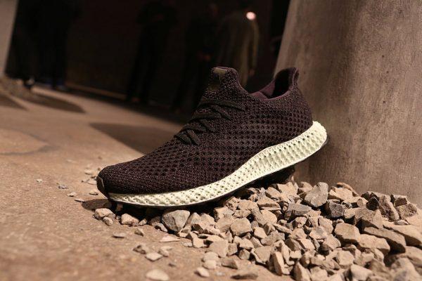Adidas 发布世界首款可量产 3D打印运动鞋 Futurecraft 4D
