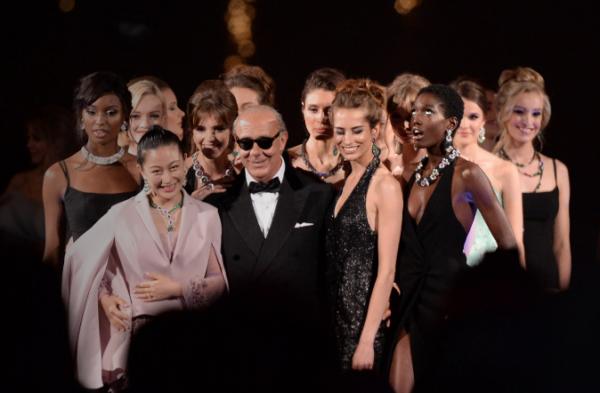 瑞士奢侈珠宝商 de Grisogono 在戛纳举办名流派对,兰玉、奚梦瑶出席