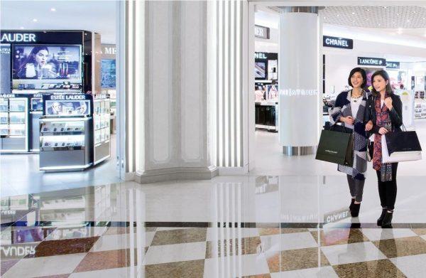 中国海航、瑞士历峰集团相继收购瑞士免税零售巨头 Dufry 21%和5%的股权