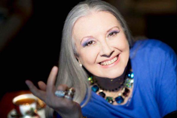 """首个在中国办秀的意大利设计师、""""开司米皇后"""" Laura Biagiotti 去世"""