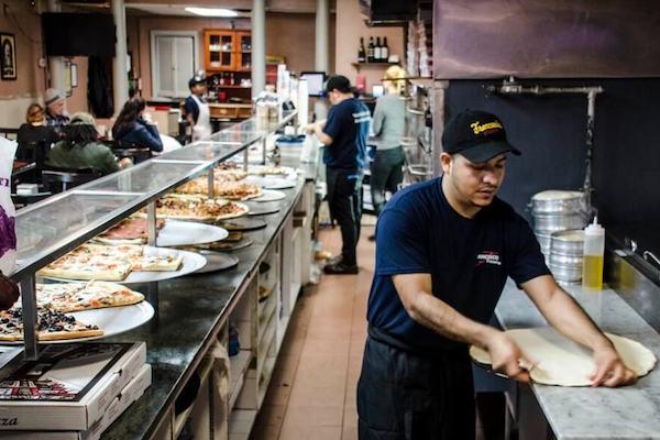 在线披萨订购平台 Slice 获 1500万美元 B轮融资,纪源资本领投