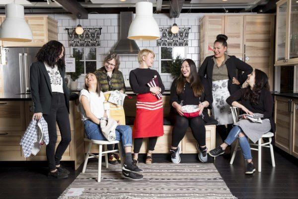 """伦敦V&A博物馆加入谷歌虚拟时尚展项目""""We Wear Culture"""",可在线浏览5000件时尚藏品"""