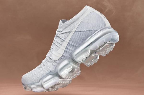 Nike 第四季度财报喜出望外,大中华区销售同比增长 11%,在亚马逊开启直销