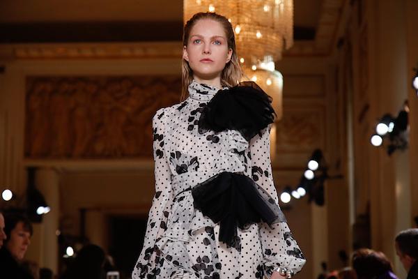 Kering集团控股股东投资意大利著名设计师 Giambattista Valli 的时装屋
