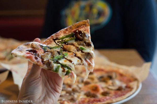 探秘星巴克前高管创办的披萨连锁店 MOD Pizza:流程化制作,员工比顾客更重要