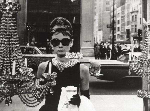 佳士得将于今秋拍卖一批奥黛丽赫本私人物品,包括 Givenchy本人设计的裙子