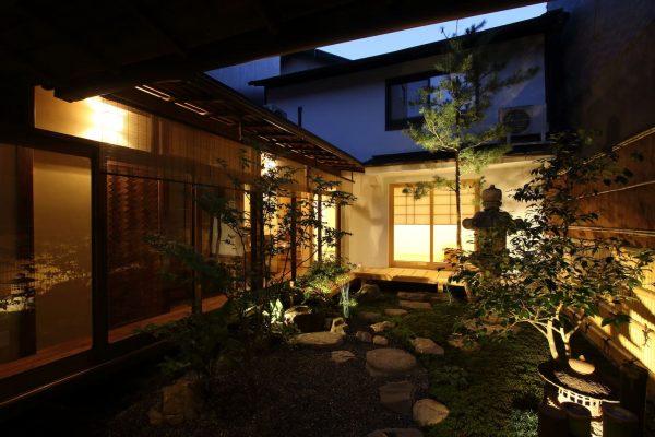 短租巨头 Airbnb 与日本金融科技风投公司 Blue Lab 合作,共推专属体验项目