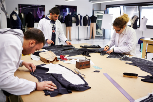以定制西装闻名的意大利品牌 Kiton 将创立控股公司以实现家族传承
