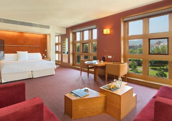 喜达屋资本出售旗下四家西班牙海滨酒店的所有股权