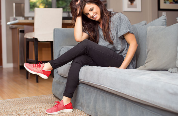Skechers 第二季度销售创历史新高,半年销售首次突破 20亿美元