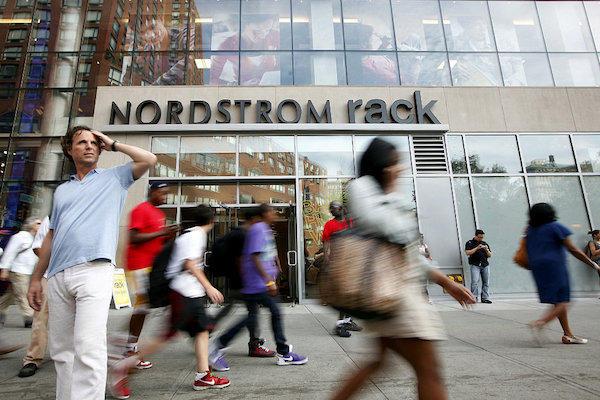 异军突起,美国奢侈品百货 Nordstrom 第二季度销售额同比增长 3.5%,线上销售表现优异