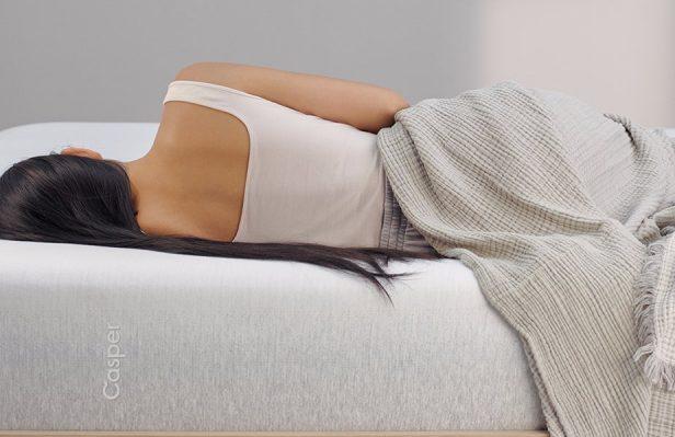 """美国互联网床垫品牌 Casper 创业三年,推出第二款床垫""""The Wave"""" :更硬,更贵,更舒适!"""