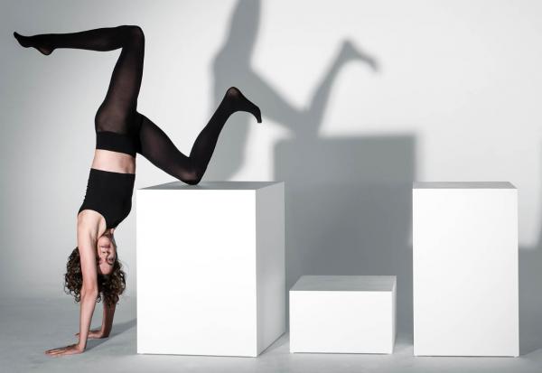主打3D针织紧身袜,时尚创业公司 Heist 完成 260万美元种子轮融资,Net-a-porter 创始人参投