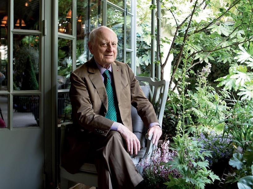 Yves Saint Laurent 品牌联合创始人 Pierre Bergé 去世,享年86岁