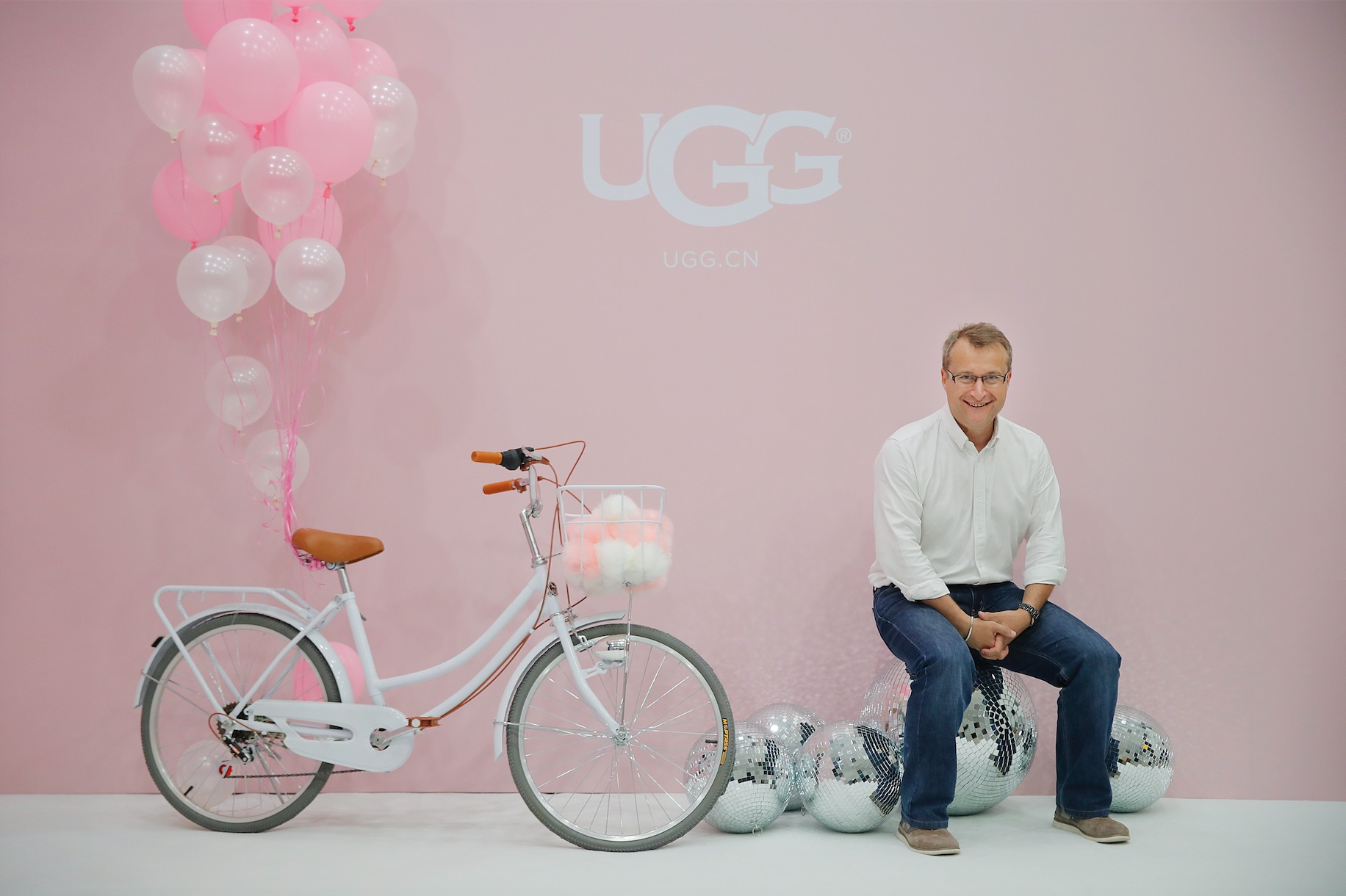 爆红以后的 UGG:如何从雪地靴的代名词转型为一家生活方式品牌《华丽志》独家专访UGG母公司副总裁