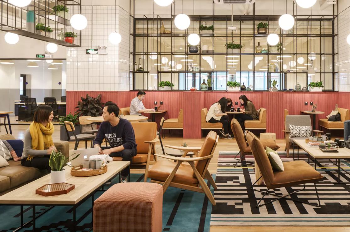 Airbnb 与共享办公空间供应商 WeWork 合作,吸引更多商务旅客