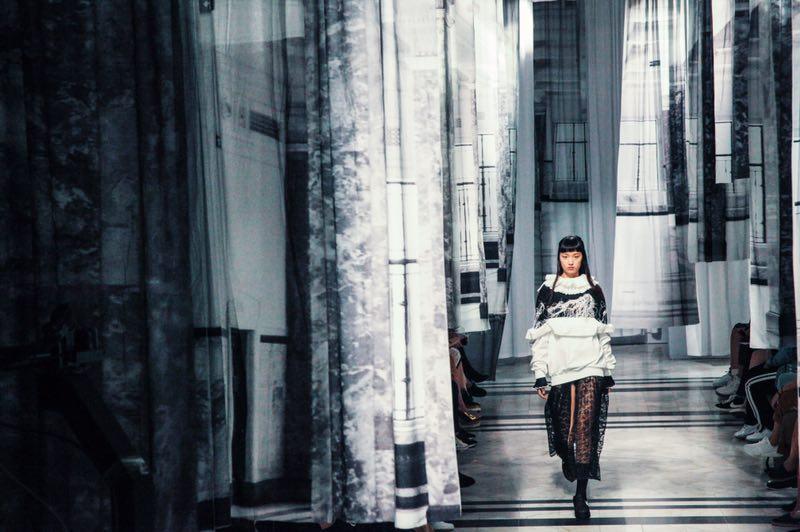 上海时装周的最后一天,8位设计师品牌创始人和《华丽志》分享了设计以外的商业思考