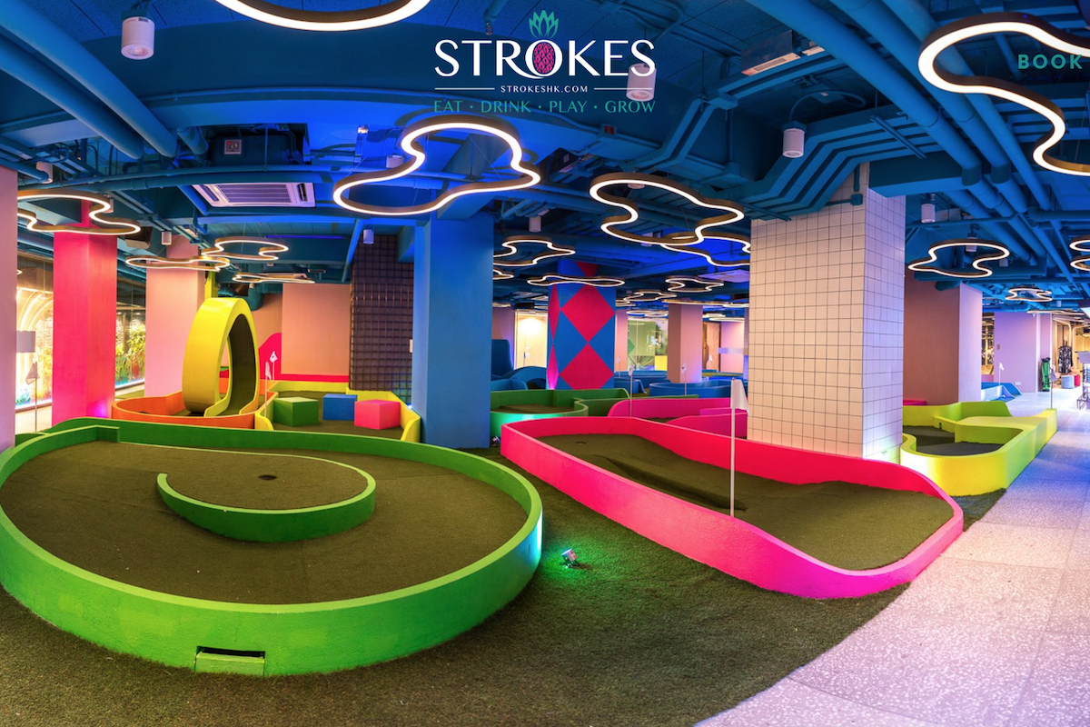 高尔夫、卡丁车、泡泡球… :  香港购物中心纷纷引进娱乐体验式租户吸引消费者