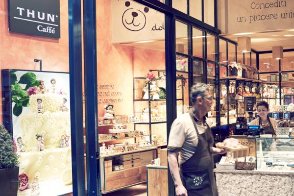 意大利手工陶瓷品牌 Thun 年销售突破一亿欧元大关,跨界开出第二家咖啡馆