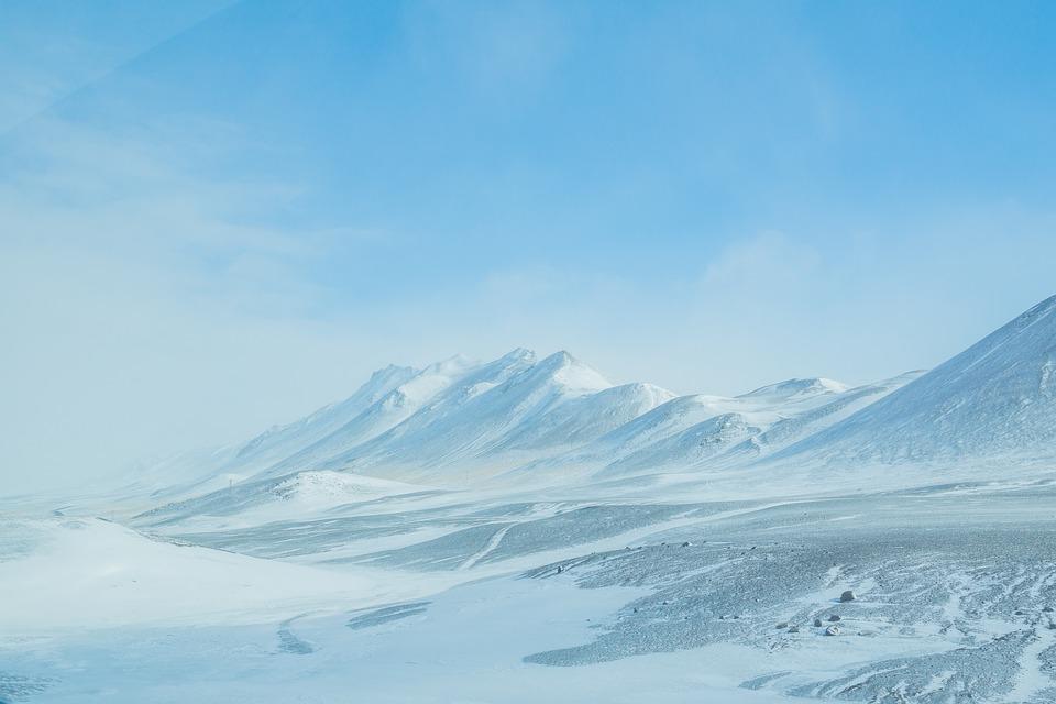 外国游客人数是当地人口的七倍!冰岛政府或将采取措施限制游客数量,提升游客体验