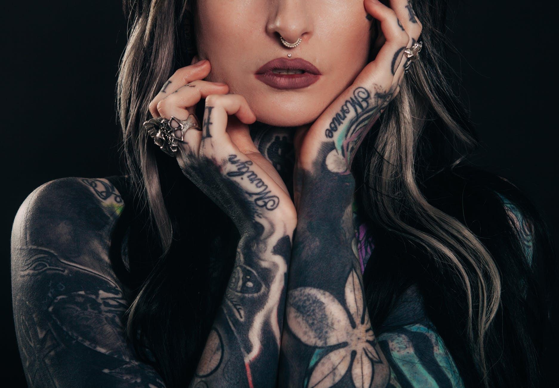 中国纹身市场繁荣增长,女性群体或成主要推动力