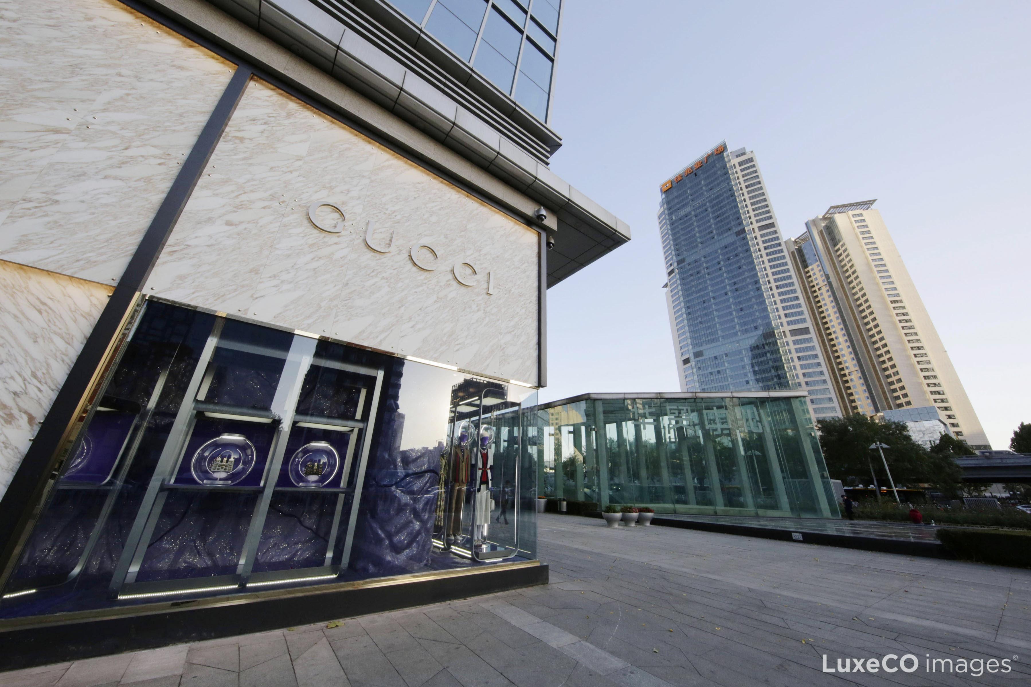 """来自中国的""""奢侈品月光族""""推动 Gucci 成为2017年品牌价值增长最快的奢侈品牌"""