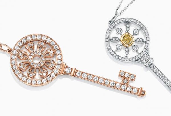 """越来越多中国独立女性为自己购买钻石珠宝,品牌营销思路从""""婚姻""""转向""""自我表达"""""""